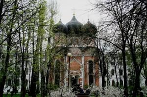 Attēls no http://pixabay.com/en/cathedral-church-building-181492/