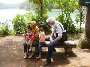 Indonēzijā 2006.g. Attēls no L.G.Taivana fotoarhīva