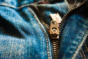 Attēls no http://pixabay.com/en/blue-closeup-view-clothes-close-167057/
